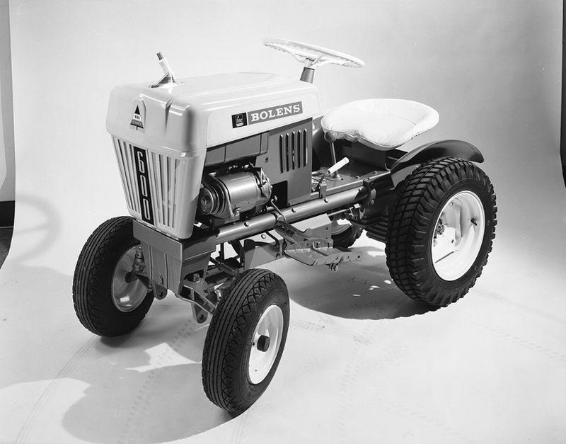 בולנס האסקי 600 מ-1961