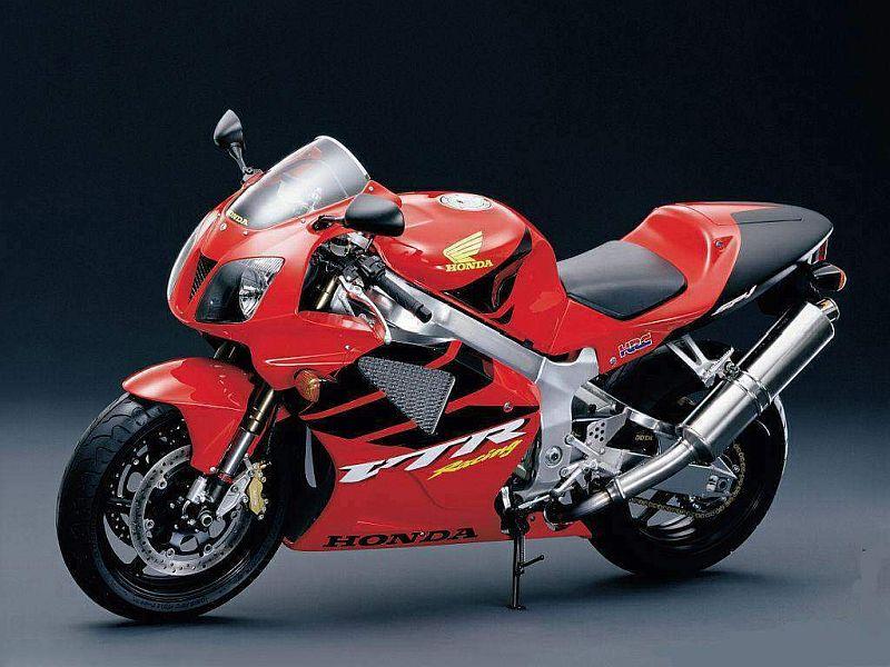 וזה האבא: אופנוע ספורט קיצוני - הונדה VTR1000 - כבר פחות תמים...