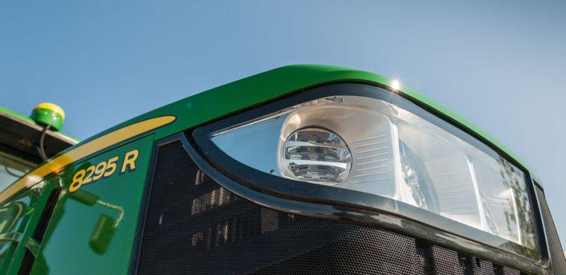 ג'ון דיר סדרה 8R המחודשת ל-2014