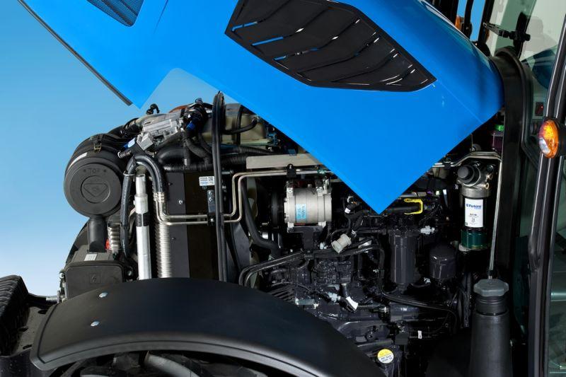 גם בסדרה 5-H החדשה המנועים הם מתוצרת פרקינס, אך מתקדמים הרבה יותר, ולמרות נפח נמוך (3.4 לעומת 4.4 ליטר) מבעבר – חזקים וחסכוניים יותר