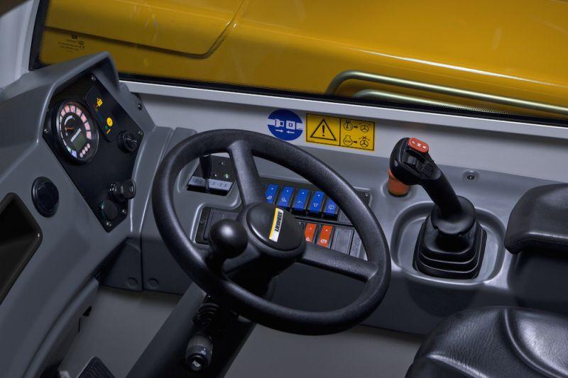 Liebherr TL-7 Cab