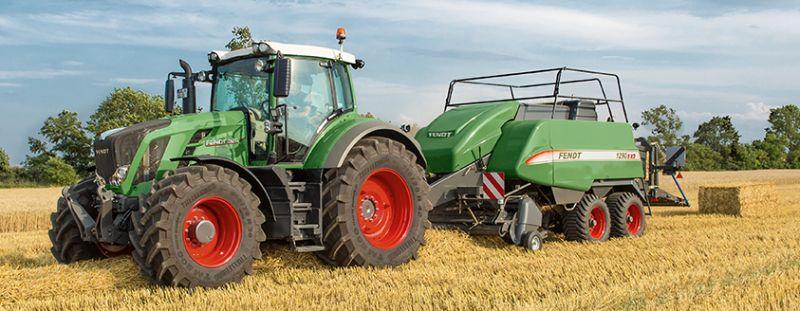 Fendt Tractor and Baller