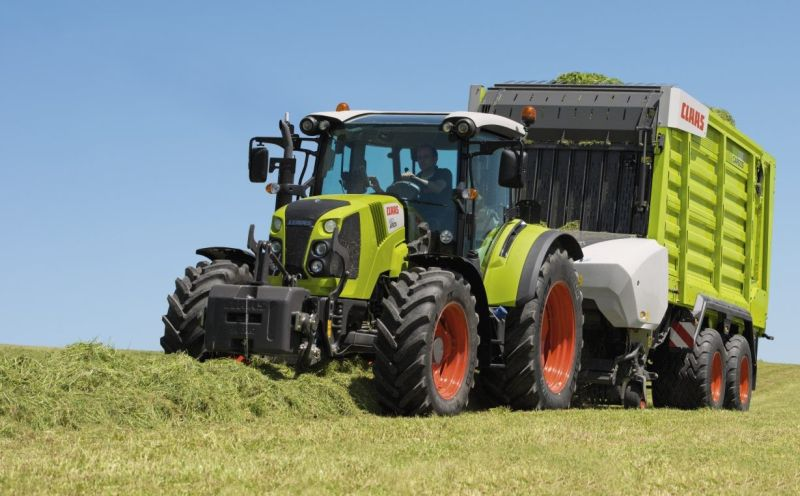 Claas Cargos 8000 series