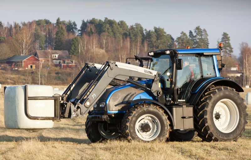 Valtra Biogas tractor
