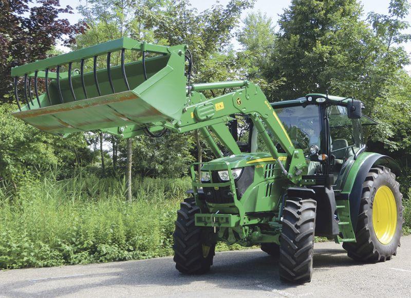 John Deere R series loaders