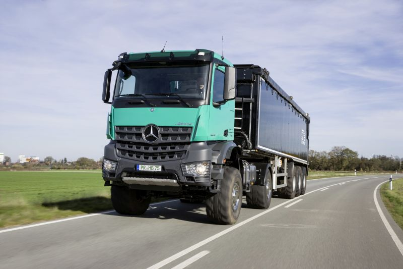Mercedes-Benz Arocs 2051 for agricultural use