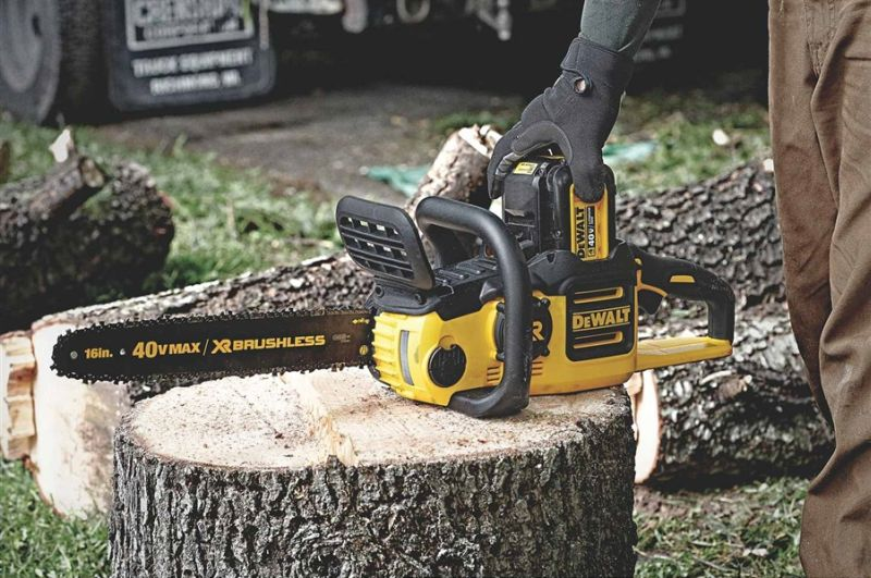 DeWalt 40V MAX Brushless Chainsaw