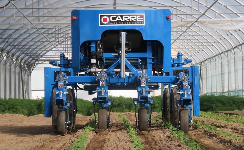 רובוט מעשב Carré Anatis