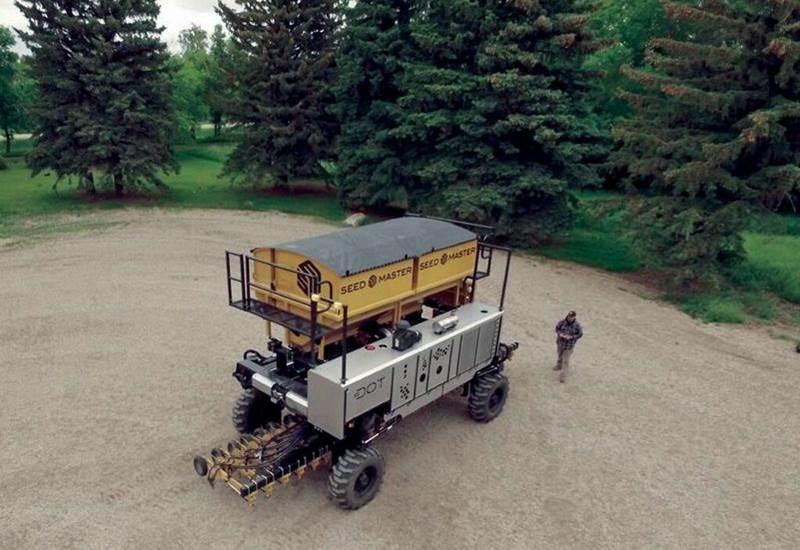 טרקטור רובוטי אוטונומי Dot Power