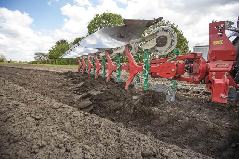 קוורנלנד 2500 i-Plough