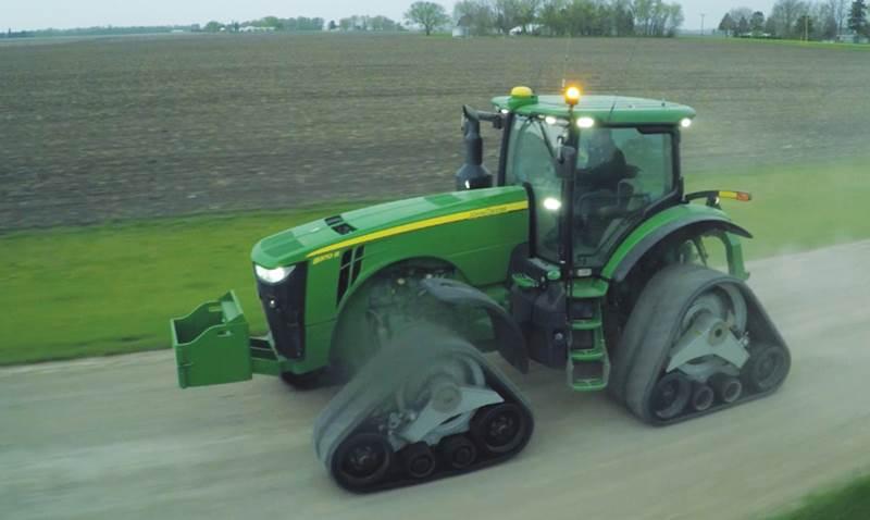 מערכת זחלים של Camso לשימוש על טרקטור חקלאי