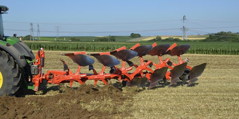 Kuhn Vari-Master Smart Ploughing