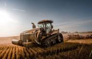 אקזוטיקה חקלאית: לראשונה טרקטור סדרתי עם מנוע V12